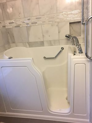 Accessible Bathtub in Braselton by Independent Home Products, LLC